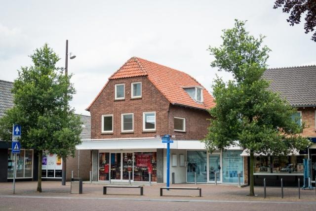 Grotestraat 136